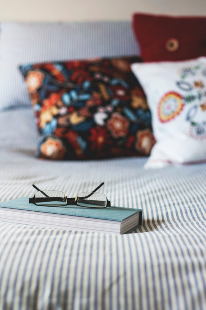 Books in bed